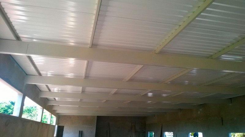 Cobertura de telha termoacústica